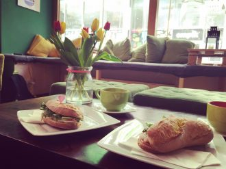 how-u-doin-cafe