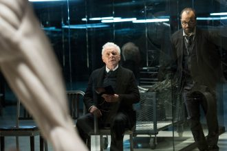 westworld, serial hbo, anthony hopkins