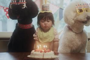 Słodki brzdąc i pudle. Japońskie gwiazdy Instagrama w nowym teledysku Becka