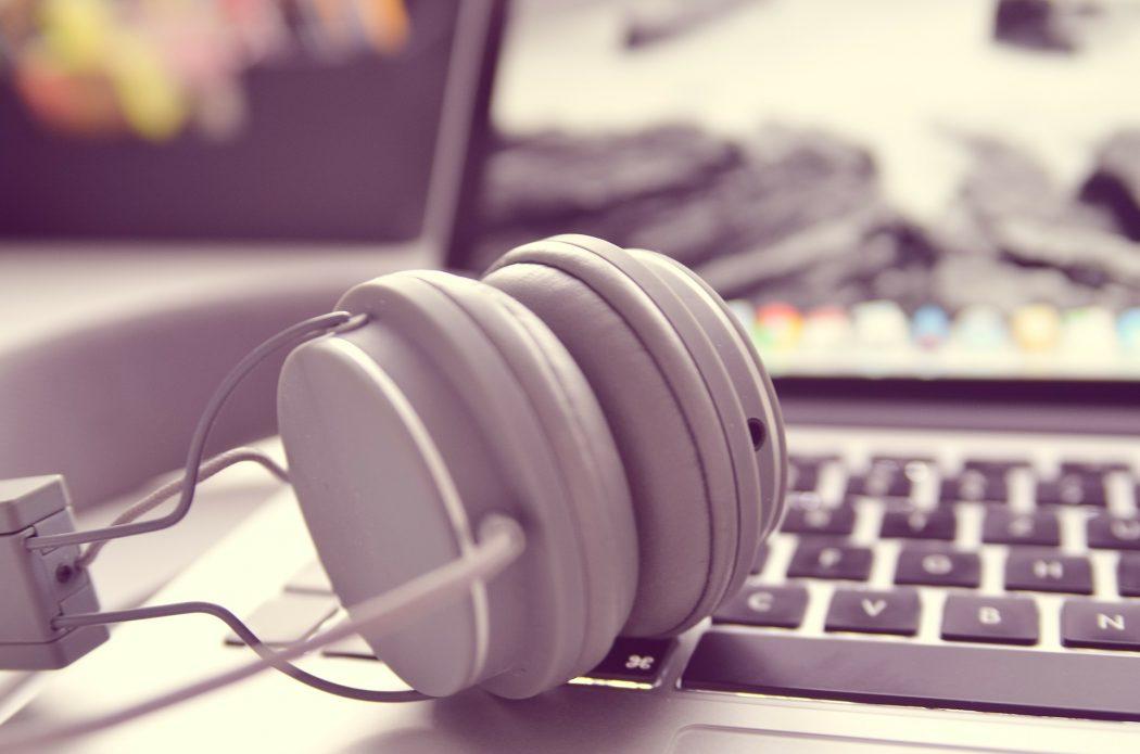 muzyka do słuchania w domu